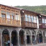 Cuzco - place de style colonial