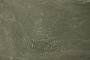 Figure à 9 doigts