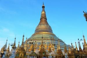 Rangoun - En or et pierres précieuses
