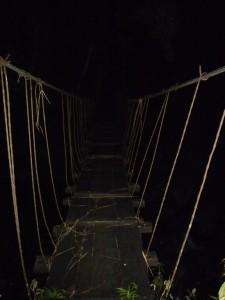 Trek Mardi Himal - Pont suspendu de nuit