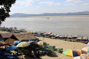 Bagan  - Rivière Irrawaddy