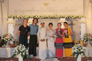 Monywa - Photo avec les mariés