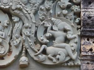 Ganesh qui ride sa trombe