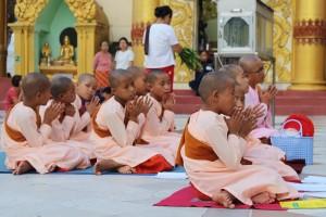 Rangoun - Jeunes Moines