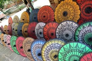 Bagan - Ombrelles colorées